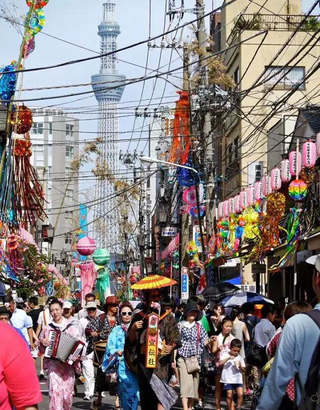 """日本举办""""去掉电线杆 景色立马变美""""摄影大赛"""