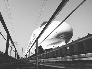要以银川至郑州客运专线建设为重点,实现前往东南沿海港口的东南通高清图片