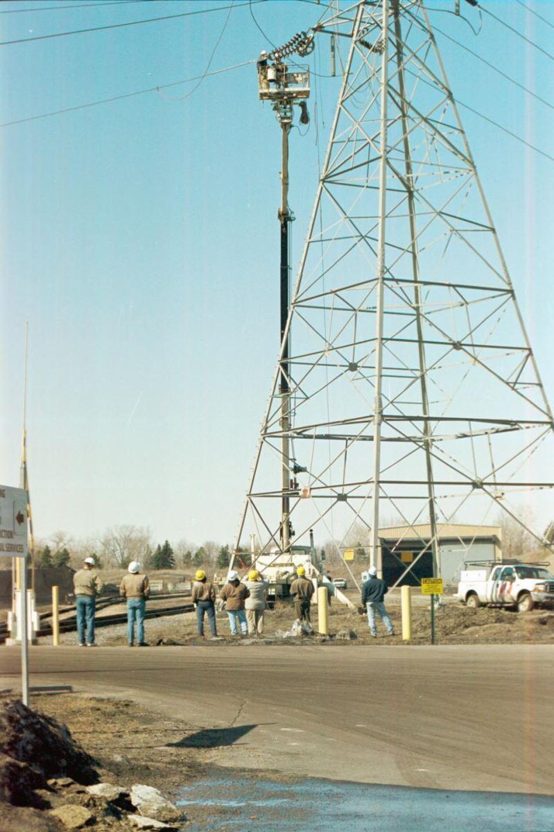 3M公司完成其首例ACCR复合铝线实地测试