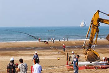 中国联通亚欧5号和亚太直达海缆开通