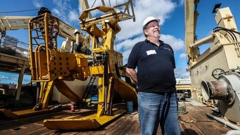 敷设船故障致塔斯曼全球互连海底电缆延期