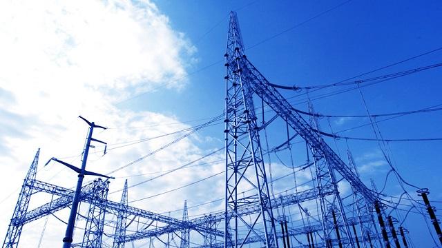 河北完成南部电网区801个贫困村电网改造