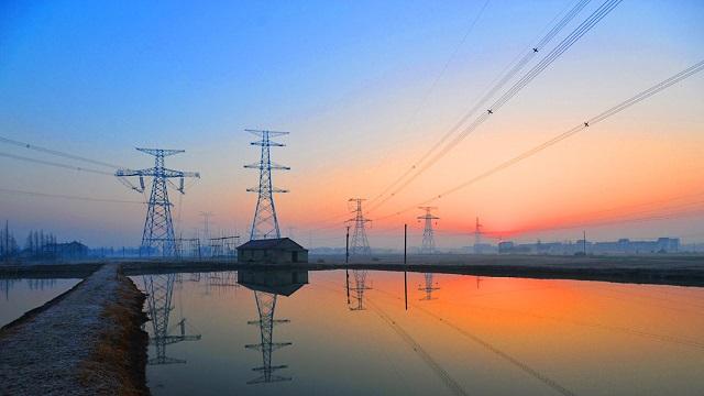 南网降低电网直供工商业用户用电成本223亿元