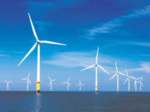 国内离岸最远的海上风电场首批风机并网投产