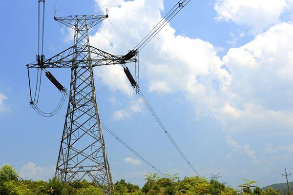 广西电网今年拟投27亿元改造升级贫困地区农网