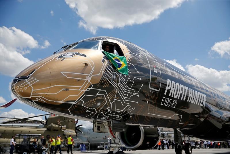 波音和巴西航空工业公司强调