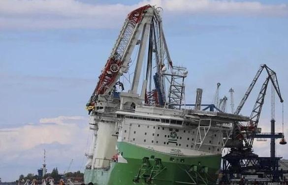 全球最大吨位风电安装船吊臂折断 损失达1亿欧元