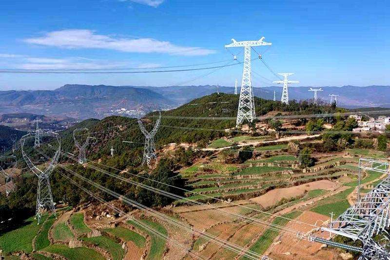 世界首个±800千伏特高压柔性直流输电工程阶段性投产