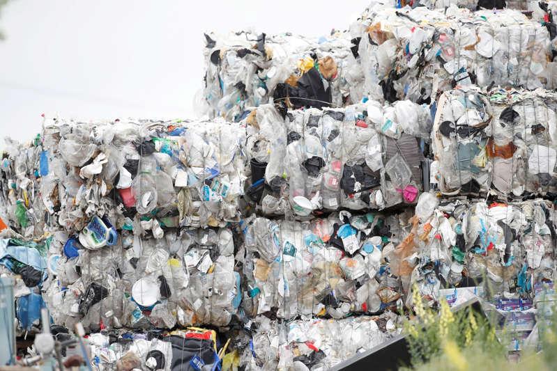 未来十年美国塑料生产碳排放将超过煤电厂_电线电缆资讯_电缆网